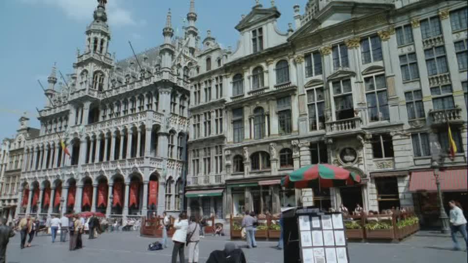 530791614-grote-markt-brussels-pedestrian-precinct-historic-city-center