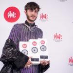 Бельгийский певец Oscar and The Wolf выиграл три награды MIA