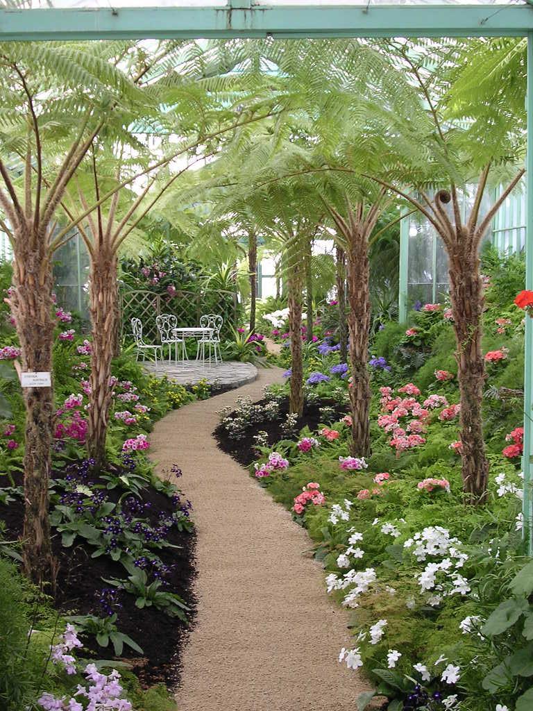 Laken_greenhouse_inside_2