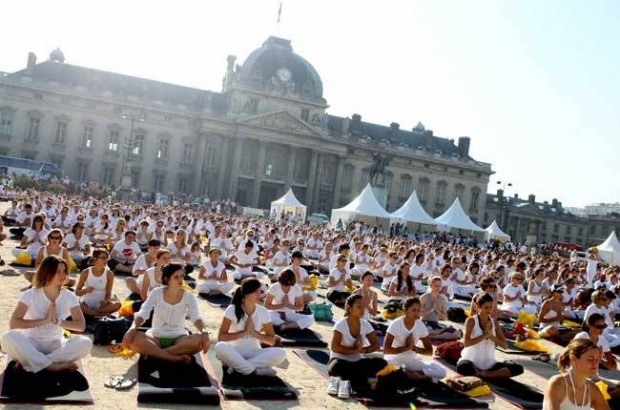 brussels_yoga_day