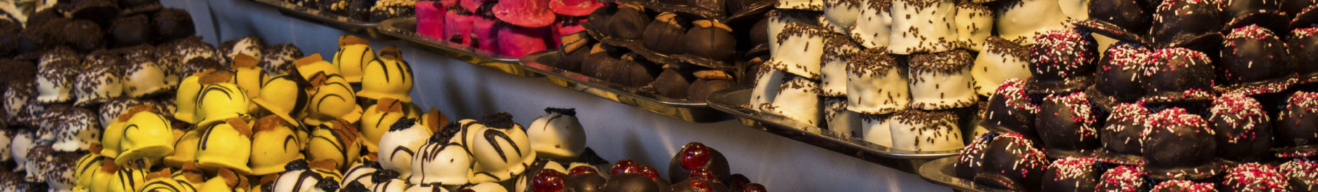 chocolate-display-at-the-brussels-chocolate-fair