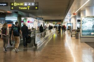 brusselsairport_pierB_inside