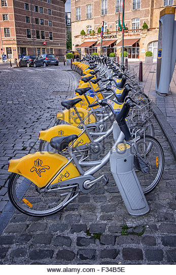 Bicycle-parking-electric-bikes-Brussels