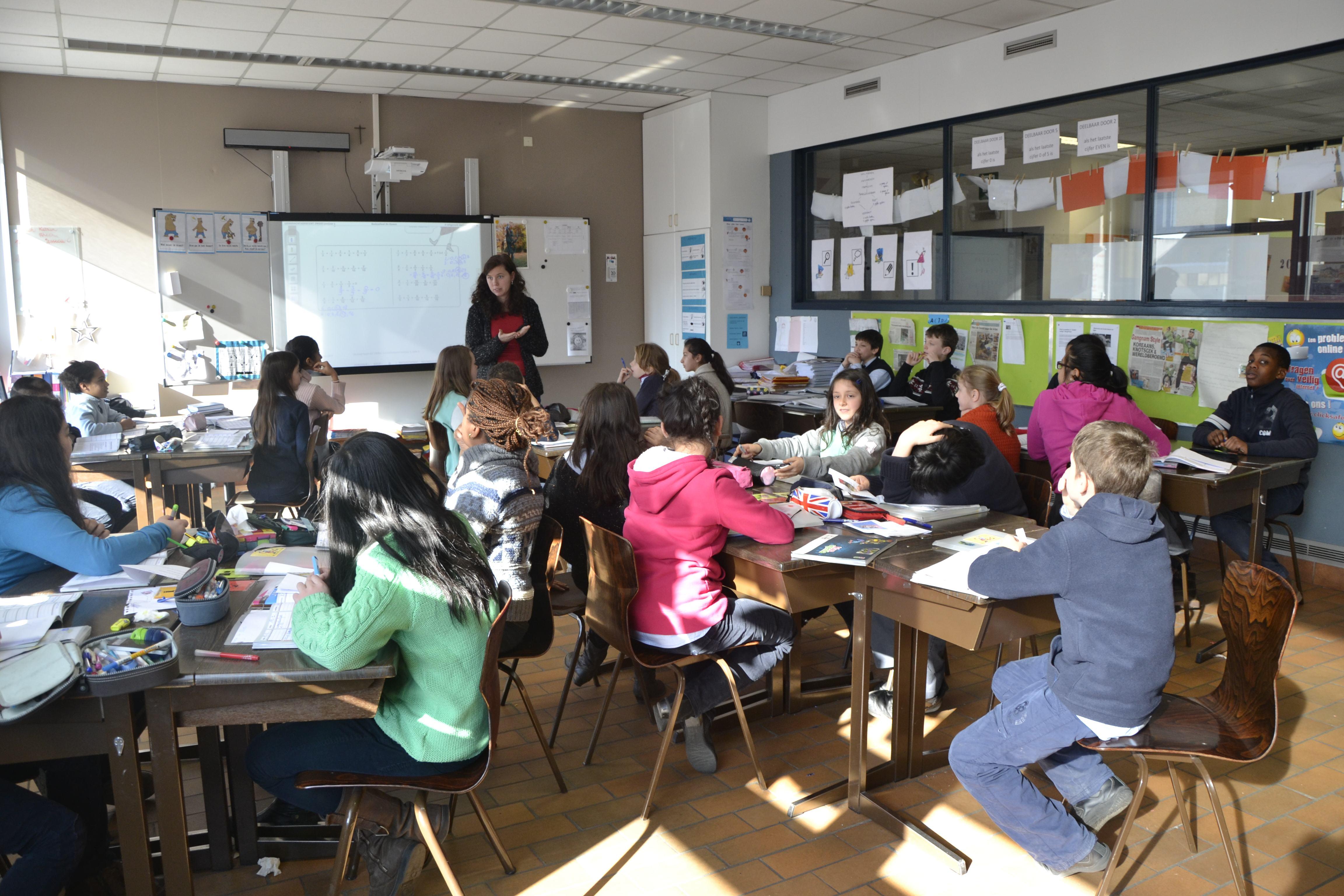 dutch-speaking_school